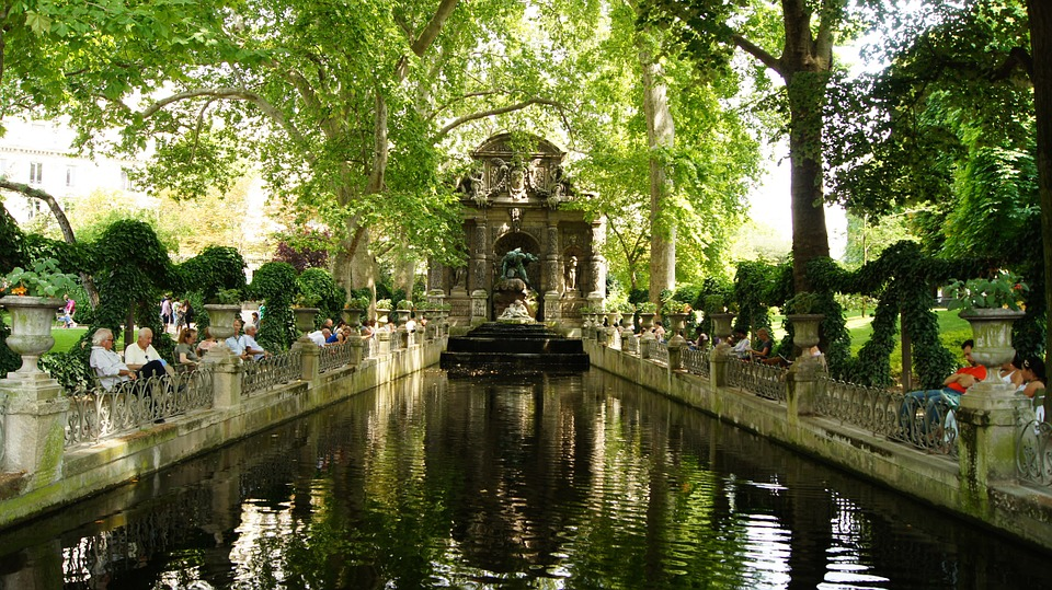 Le jardin du luxembourg parc activities in paris france - Jardin du luxembourg enfant ...